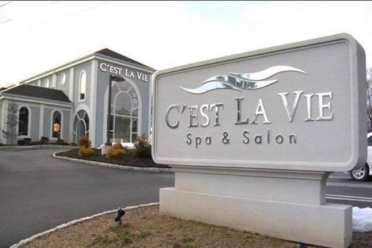 C'est La Vie Salon and Spa